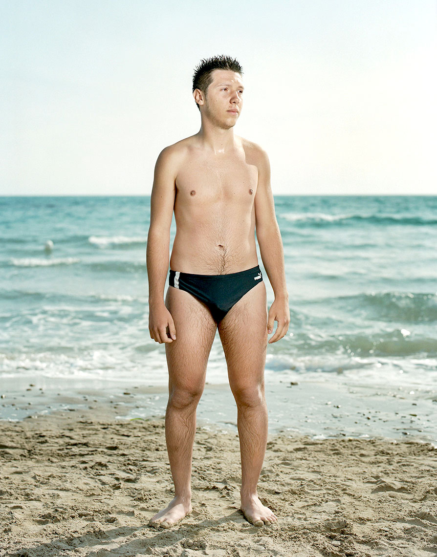 Sicily_Beach_Portrait_B005